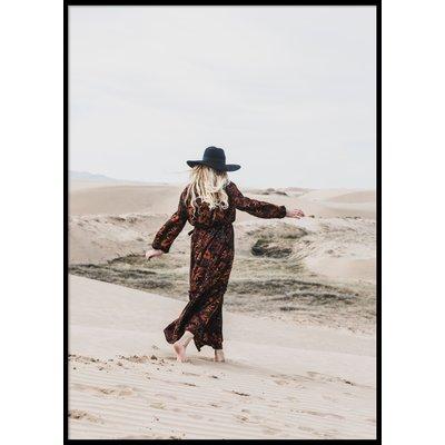 DESERT WOMAN - Plakat 50x70 cm